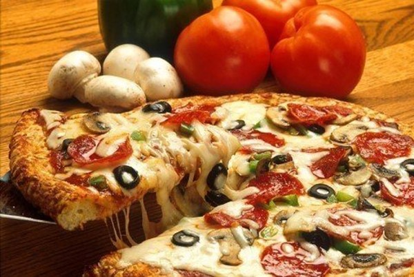 Пицца: 3 моментальных варианта теста и 7 лучших начинок
