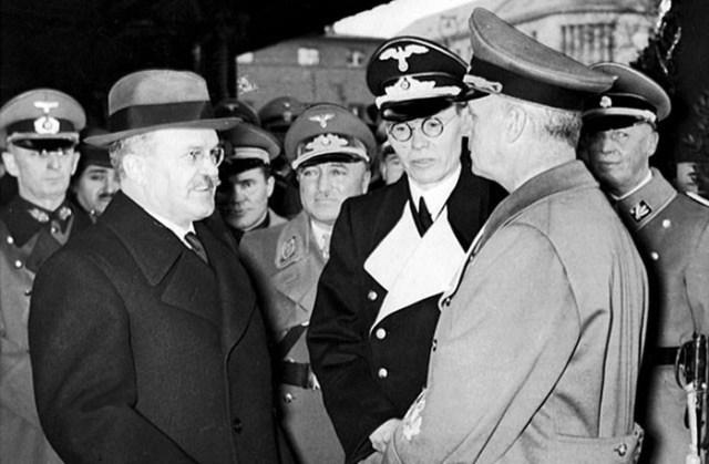 Секретные переговоры СССР и Германии в разгар войны— что это было?!