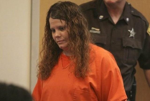 Женщины украли неродившихся детей, вырезав из живота беременной