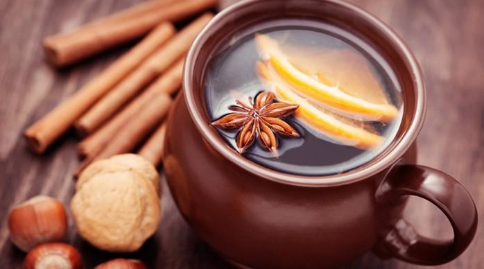 Лечение горла нестандартным способом: коньяк, мед и китайские хитрости
