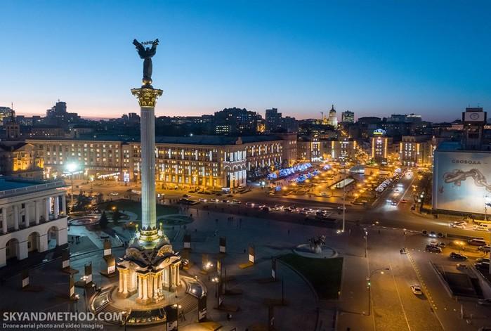 Зимний Киев с высоты полета дрона: фотографии
