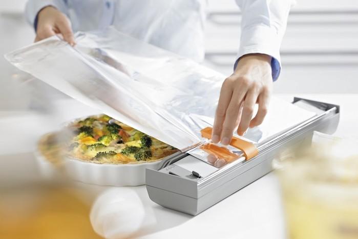 Применение пищевой фольги и пергамента на кухне