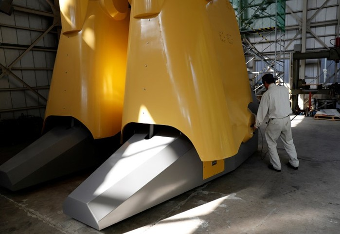 Инженер конструктор роботов из Японии