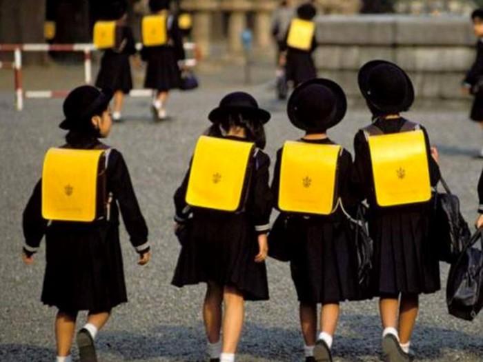 8 примеров необычной школьной формы