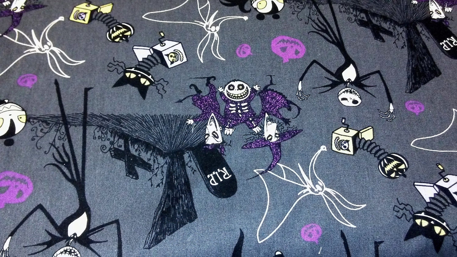 jack skellington wrapping paper
