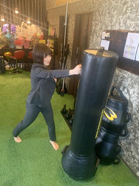自衛隊式!護身術、戦闘術学べます