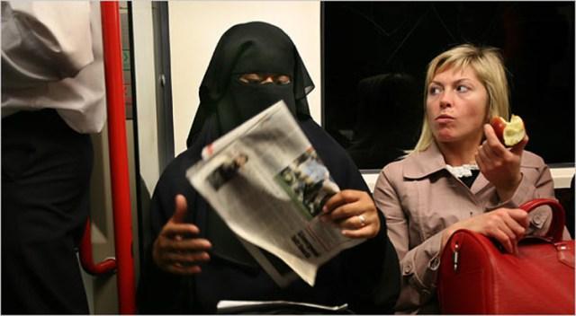 ब्रिटिश मुस्लिम युवा चाहते हैं देश में शरिया कानून!