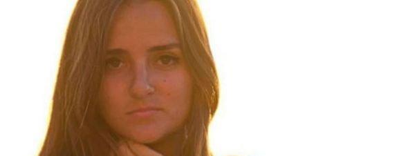 La brasileña que subastó su virginidad en internet logra 780.000 euros en la puja