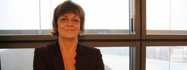 La vicepresidenta del Parlamento Europeo defiende rebajar la presión fiscal a las autonomías que prestan más servicios
