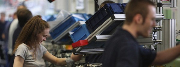 La fabricación de vehículos en España sube un 4,22% en abril y un 12,5% en el cuatrimestre