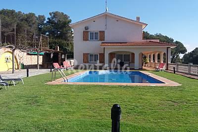 Villa a 15 km de playa con pista de tenis privada Tarragona