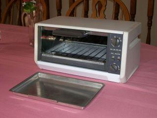 Under Cabinet Toaster Oven Black And Decker Scandlecandle Com