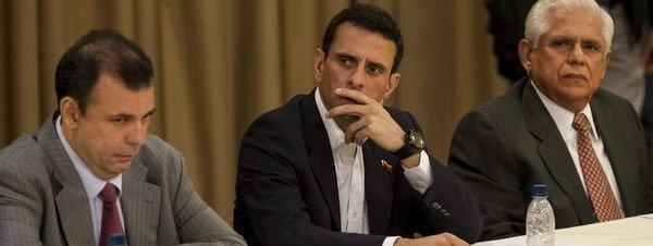Gobierno y oposición inician el diálogo en Venezuela
