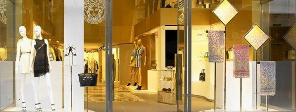 Versache shop in paseo de Gràcia
