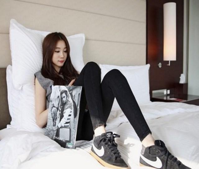 14 Qiu Dong Outfit Dirndl Winter  Junior High School Girls Aged  High School Students 17 18 Cowboy Long Pants