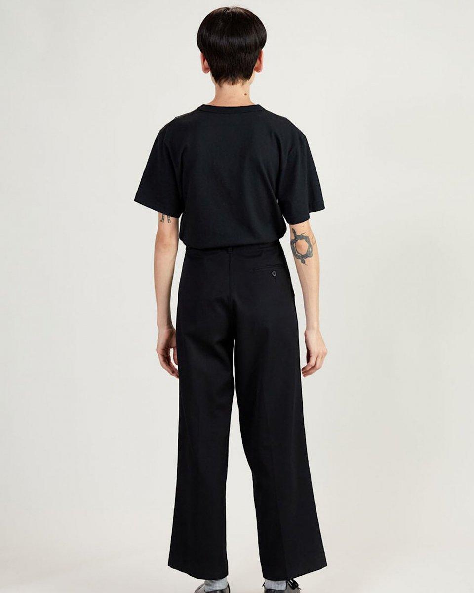 UPCYCLE Tシャツ 黒の写真