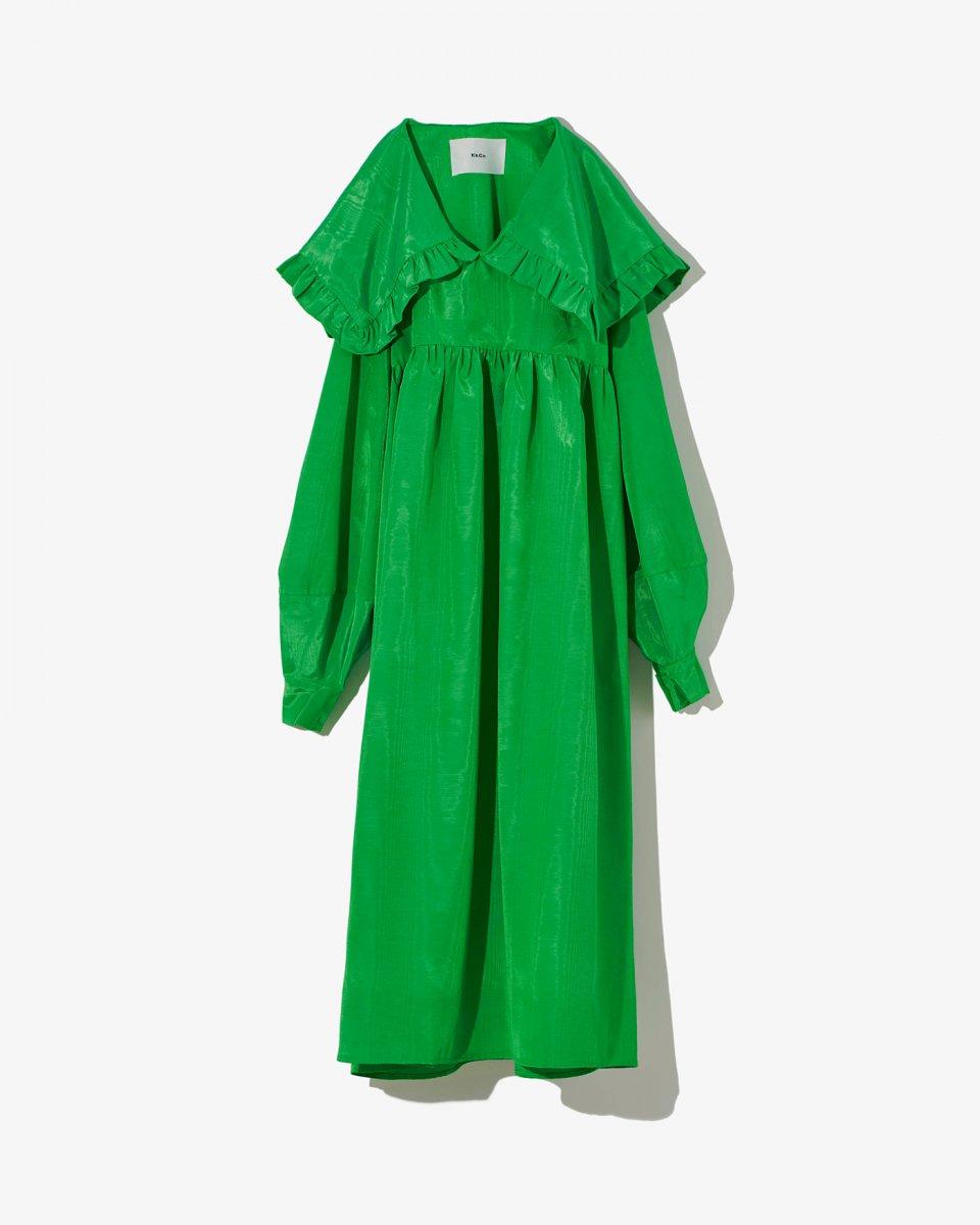 セーラーカラーロングスリーブドレス