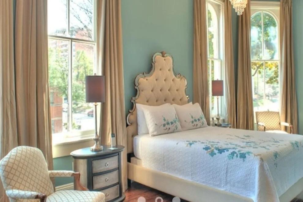 Hampton Inn And Suites Beale Street