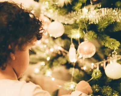 In rassegna gli spuntini che i bambini del mondo preparano per babbo natale (e le renne) il 24 dicembre. Bambini E Natale Come Lo Vivono E Cosa Si Aspettano