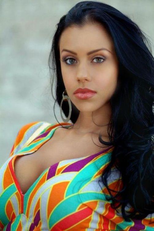 Bianca Holland