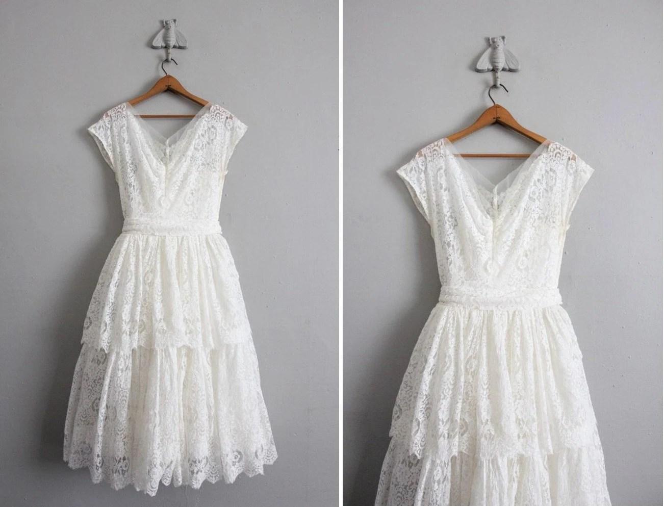 1950s Vintage White Lace Wedding Dress