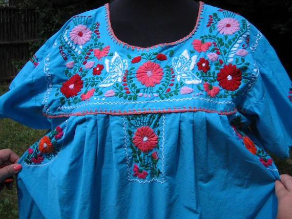 Vintage. Plus Size. Embroidered Mexican Dress. XXL