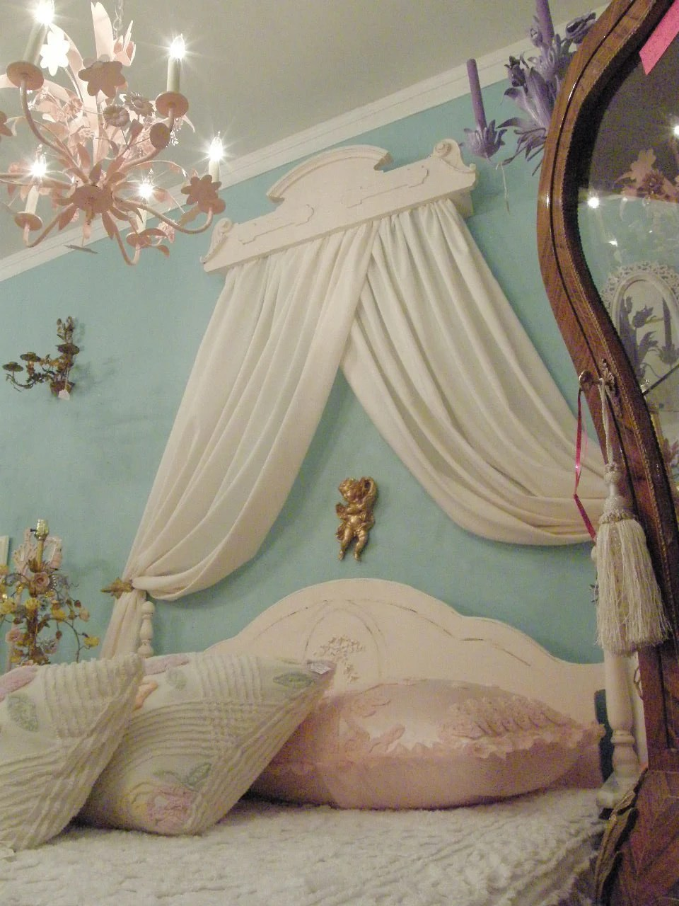 bed crown pink shabby chic antique victorian canopy teester on Wall Teester Bed Crown  id=85296