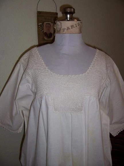Victorian Antique White Cotton Nightgown With Crochet Lace