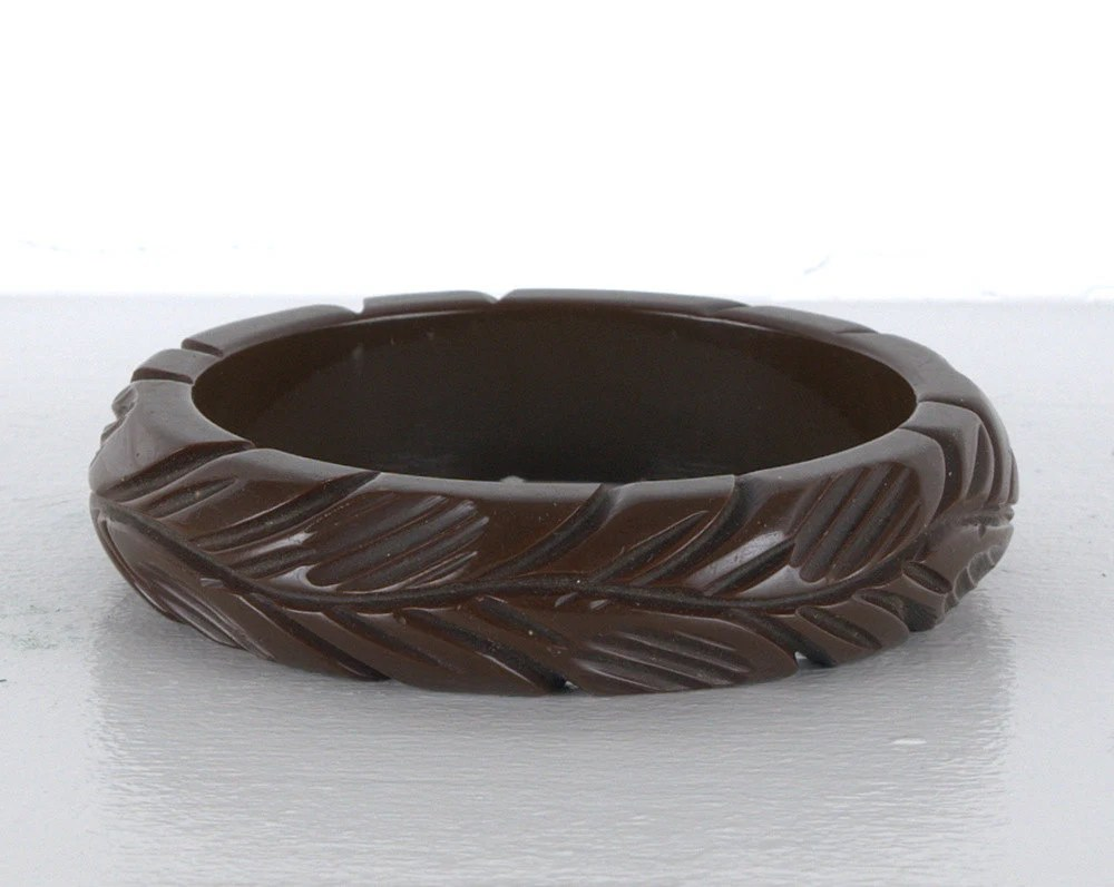 Art Deco Deeply Carved Coffee Brown Bakelite Bracelet - BlackMagicStudio