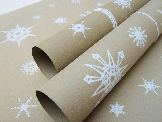 Geschenkpapier Schneeflocken, 5 Bögen, 50 x 75 cm, handgedruckt auf 100% Recycling-Papier