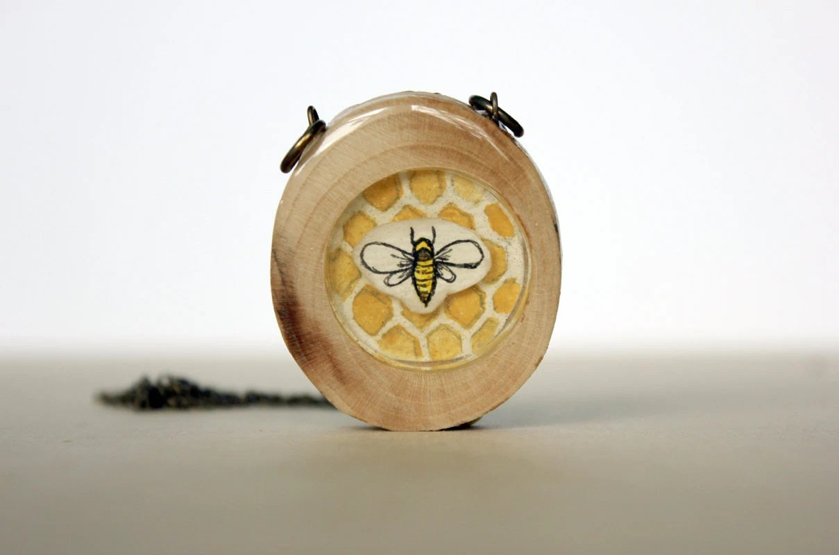 honey bee spring fashion necklace- hand painted bee necklace- honey comb wooden necklace