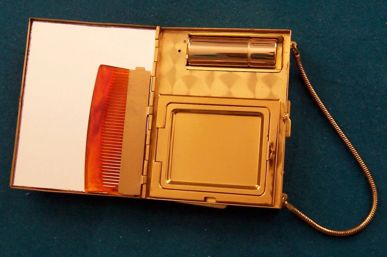 vintage 1930s gold evening purse/bag for makeup, cards, cigarettes- a CLASSIC