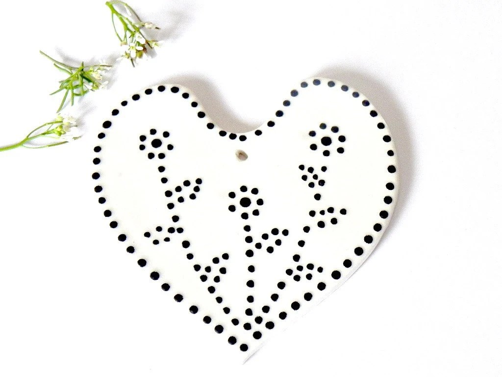 Valentine Gift White Heart Ceramic Ornaments With Black Dots