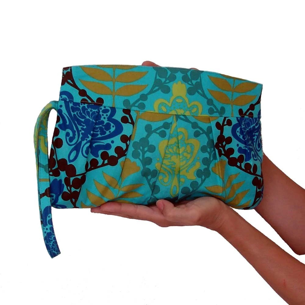 Blue Resort Clutch - hmmills