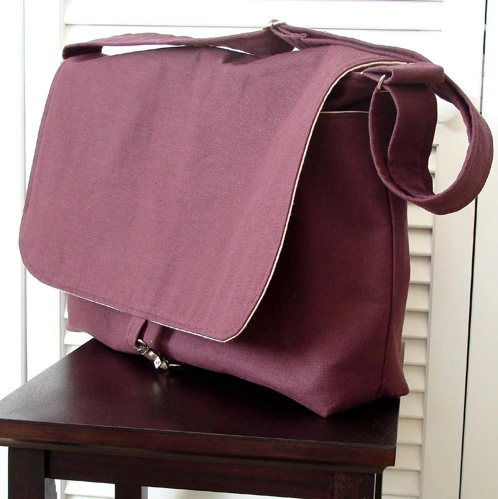 "17"" Men Messenger Bag - Orchid Purple - hmmills"