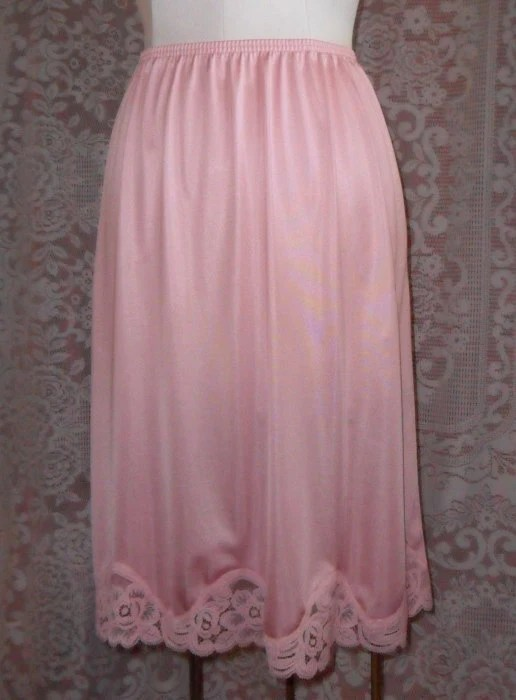 Vintage Half Slip Vanity Fair Small Pink Lace