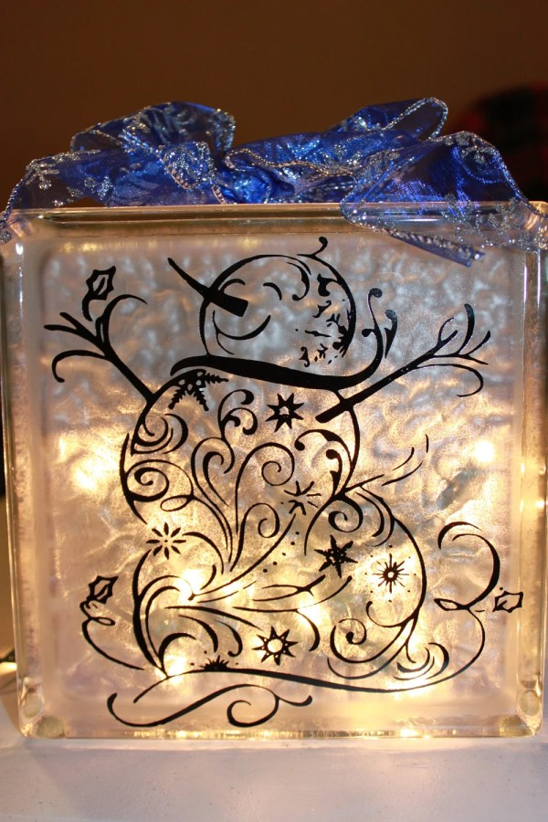 Items similar to Snowman Glass Block with Vinyl and Lights ...