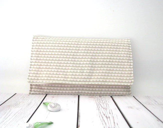 Make up bag, cosmetic case in gray white cotton fabric - SmallTalkShop
