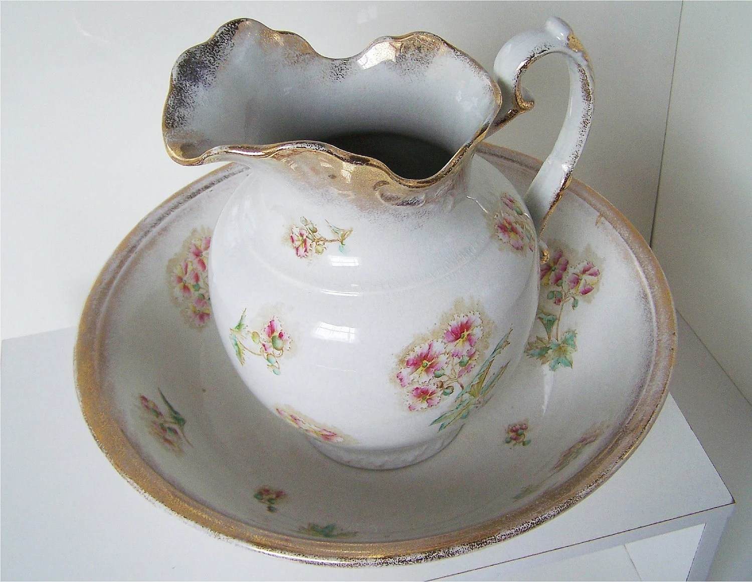 Items Similar To Antique Pitcher And Wash Bowl Set Alba