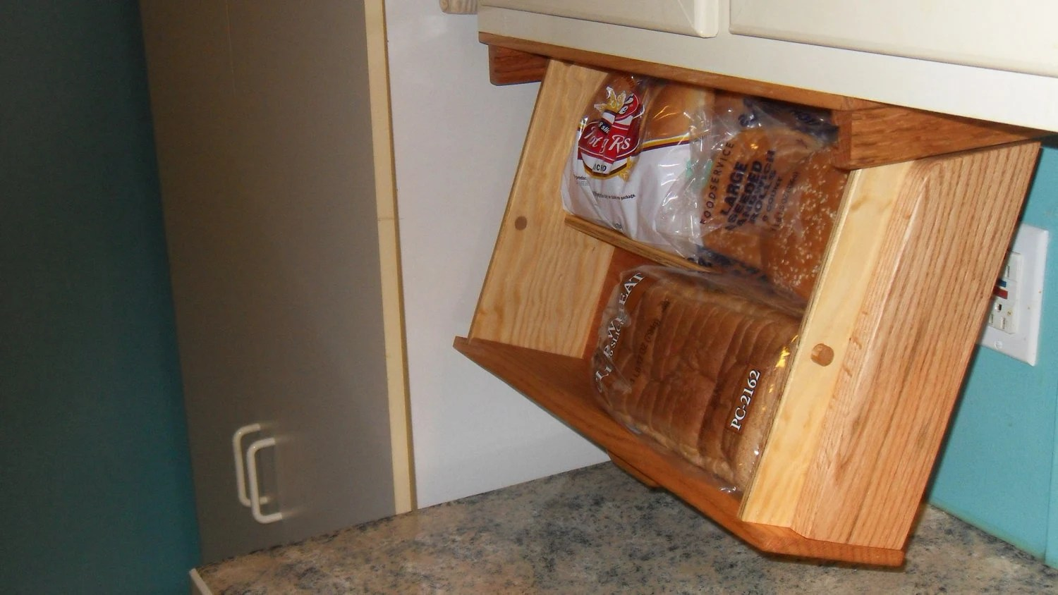 Bread Counter Under Box