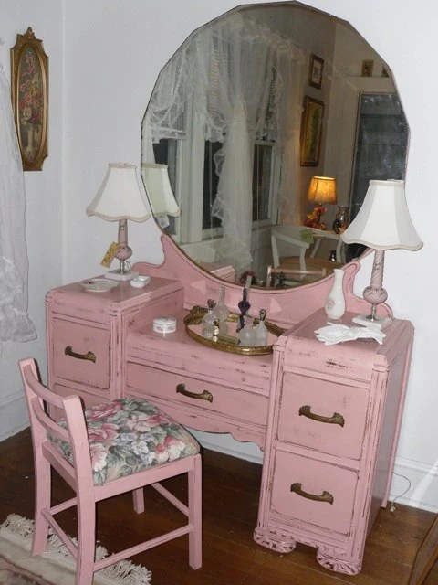 Vintage Dresser Vanity With Mirror And Stool In Shabby Chic