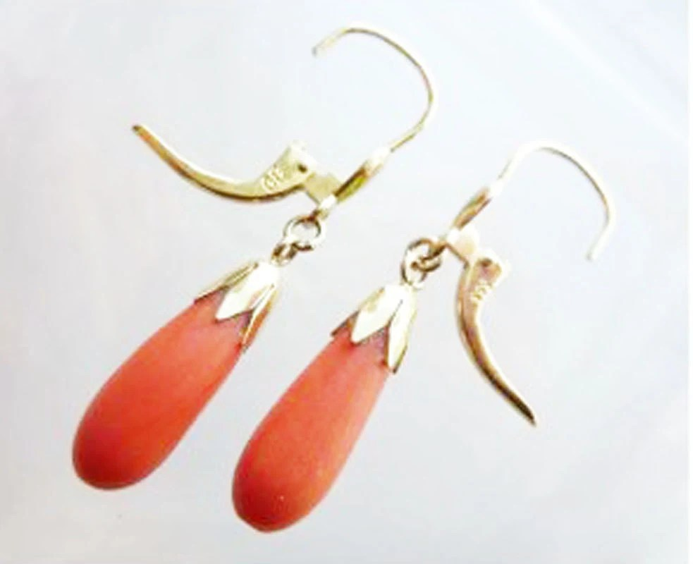 Antique Coral Gold Earrings 8 karat k Salmon 333 Austrian Antique Vintage Pierced Classic Simple Drop