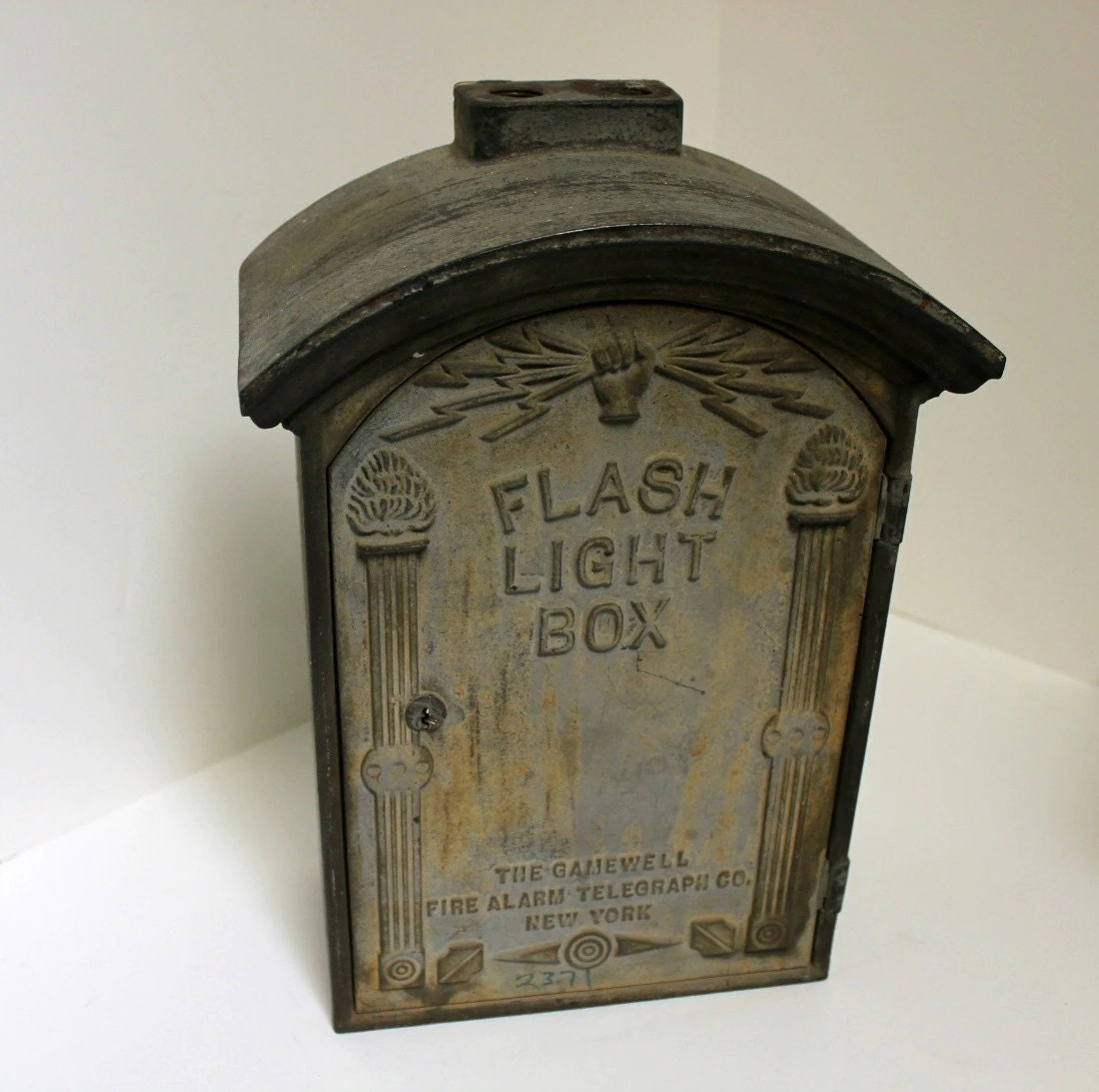 Flash Light Box
