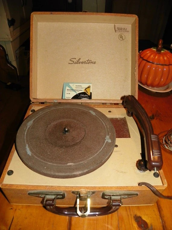 1940s Record Player Amplifier