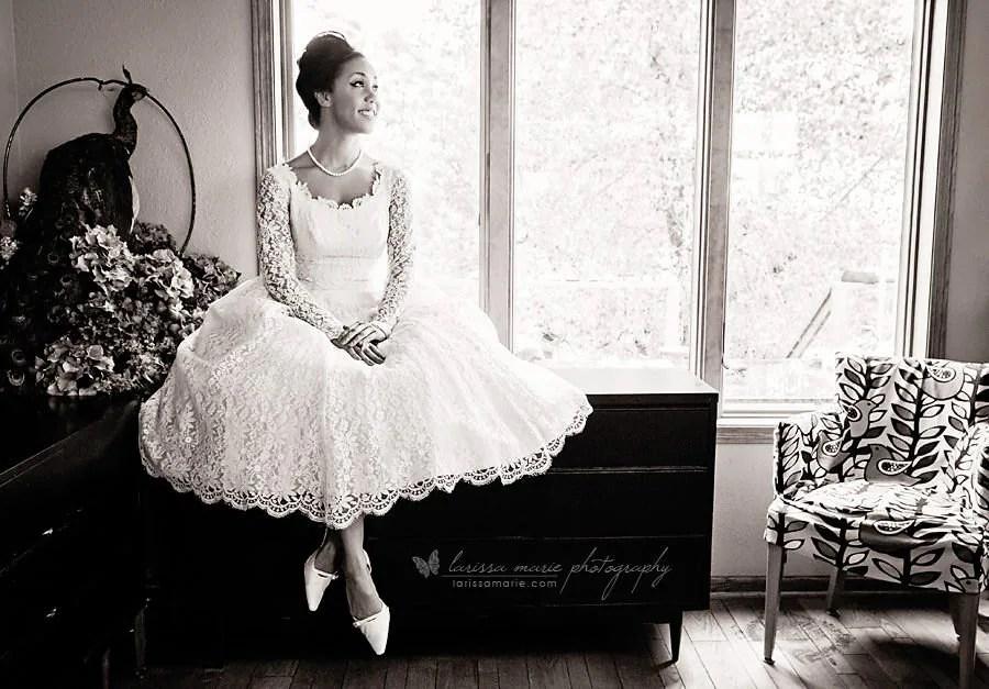 1950s Vintage Ivory Lace Wedding Dress Bridal Gown Tea Length