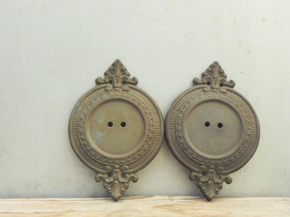 2 vintage brass wall sconce backplate lamp parts on Wall Sconce Parts id=77120