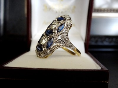 Art Deco diamond and sapphire ring.