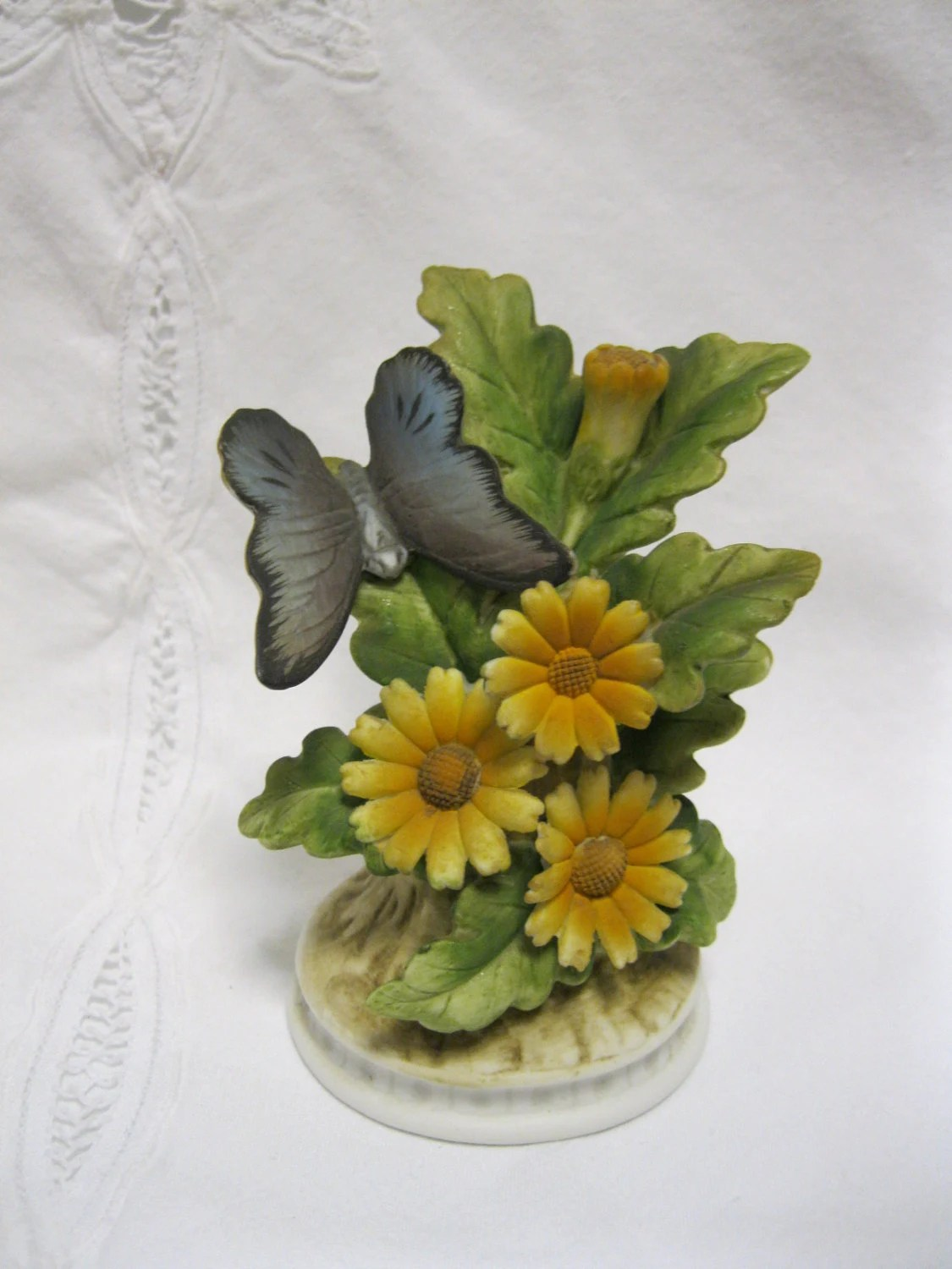 Items Similar To Vintage Lefton China Daisy Butterfly