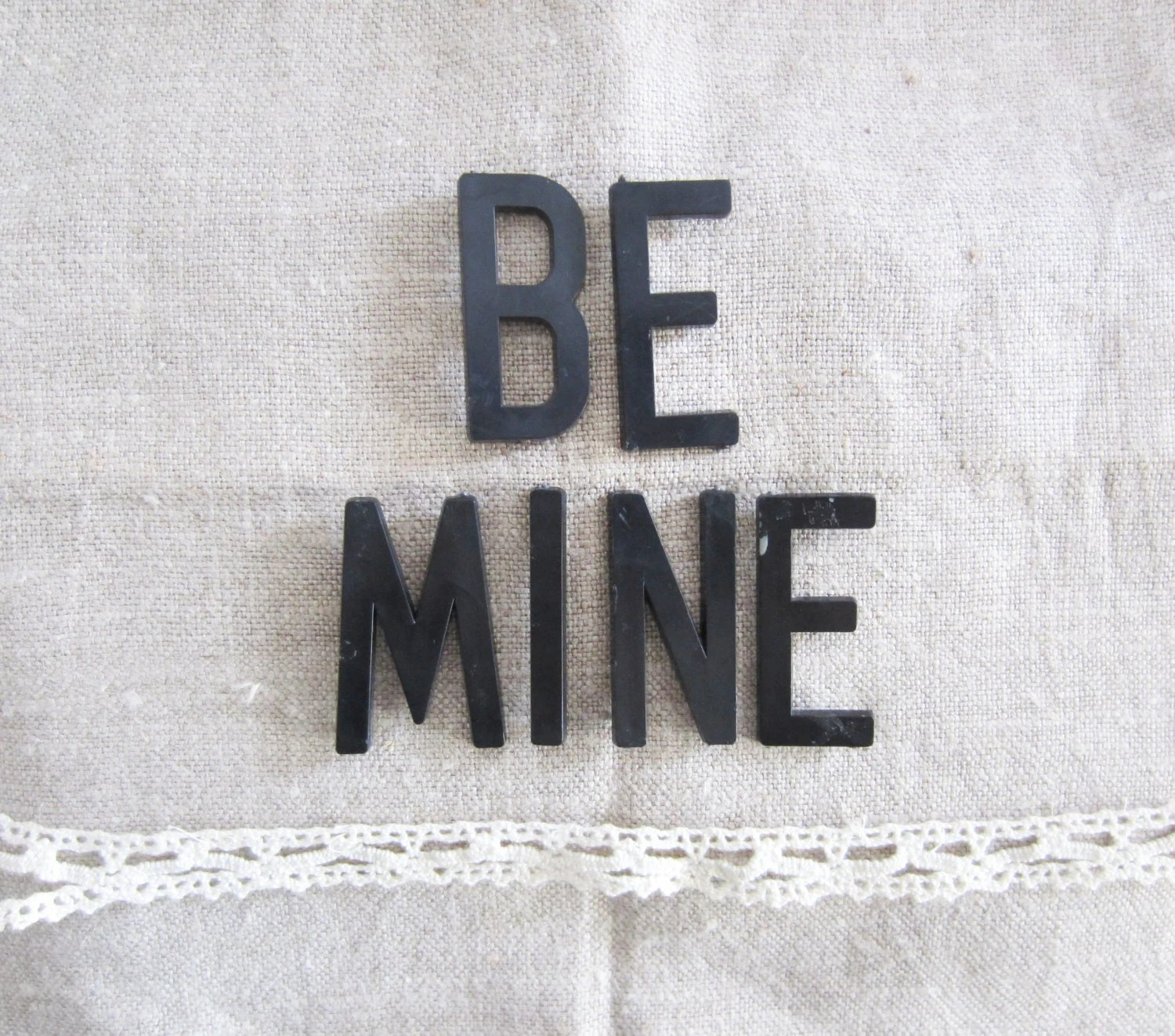 "Vintage 'BE MINE' Black Point Back Bulletin / 2"" Cork Board Letters - TheeLetterQ"
