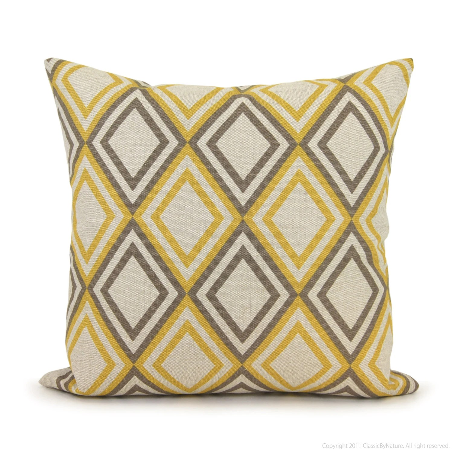 Geometric pillow cover ? 18?18 pillow cover ? Gray and yellow decorative pillow cover ? Modern ...